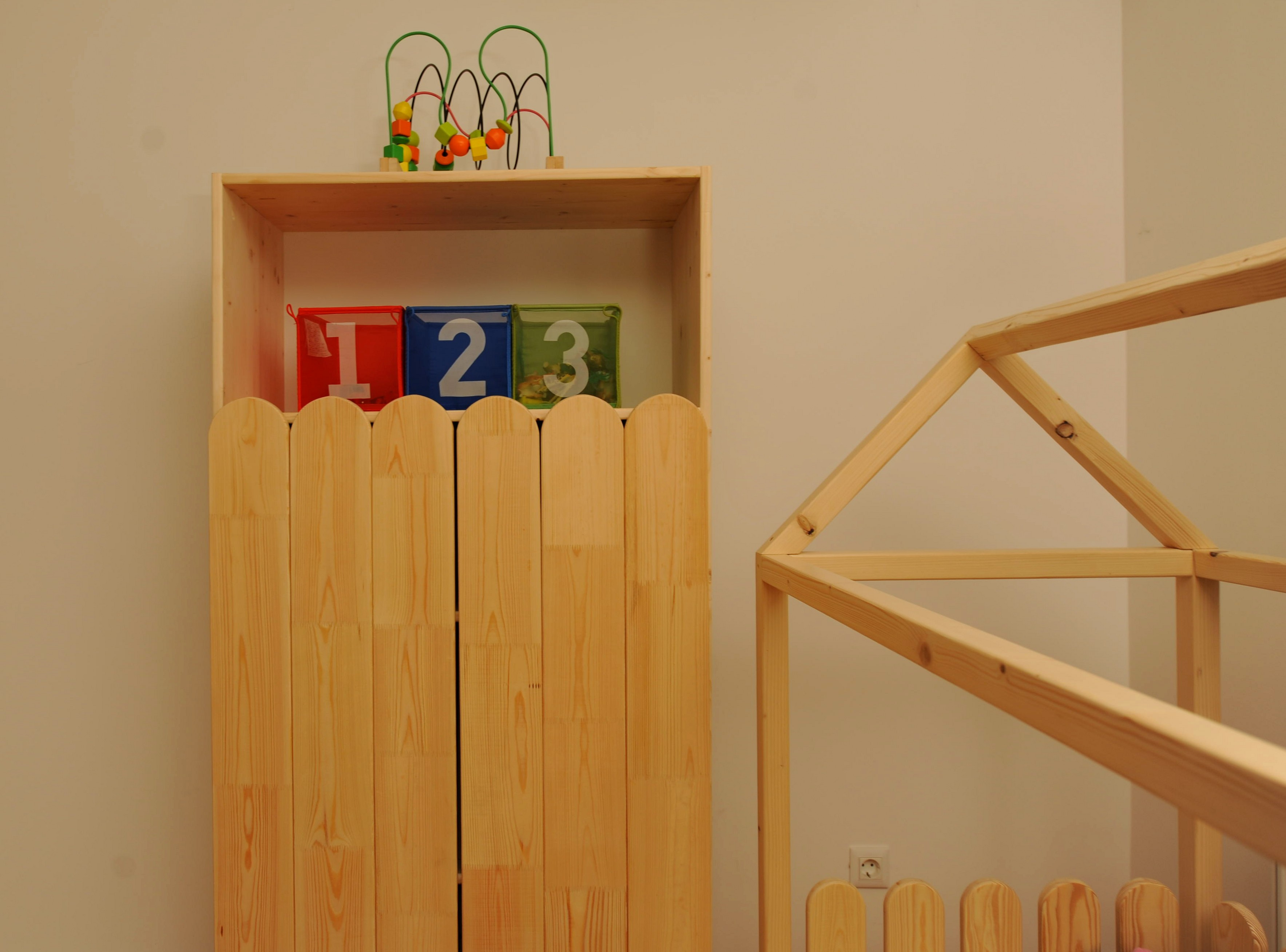 Dulap Montessori 2